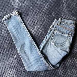 Denim - Perfect Pair of Jeans for Petite Girls